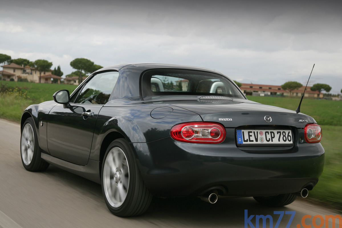 Mazda MX-5 2.0 Roadster Coupé Aut. Sportive Descapotable Galaxy Grey ...