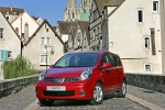 Nissan Note Gama Note Gama Note  Monovolumen Rojo Volcan Exterior Frontal-Lateral 5 puertas