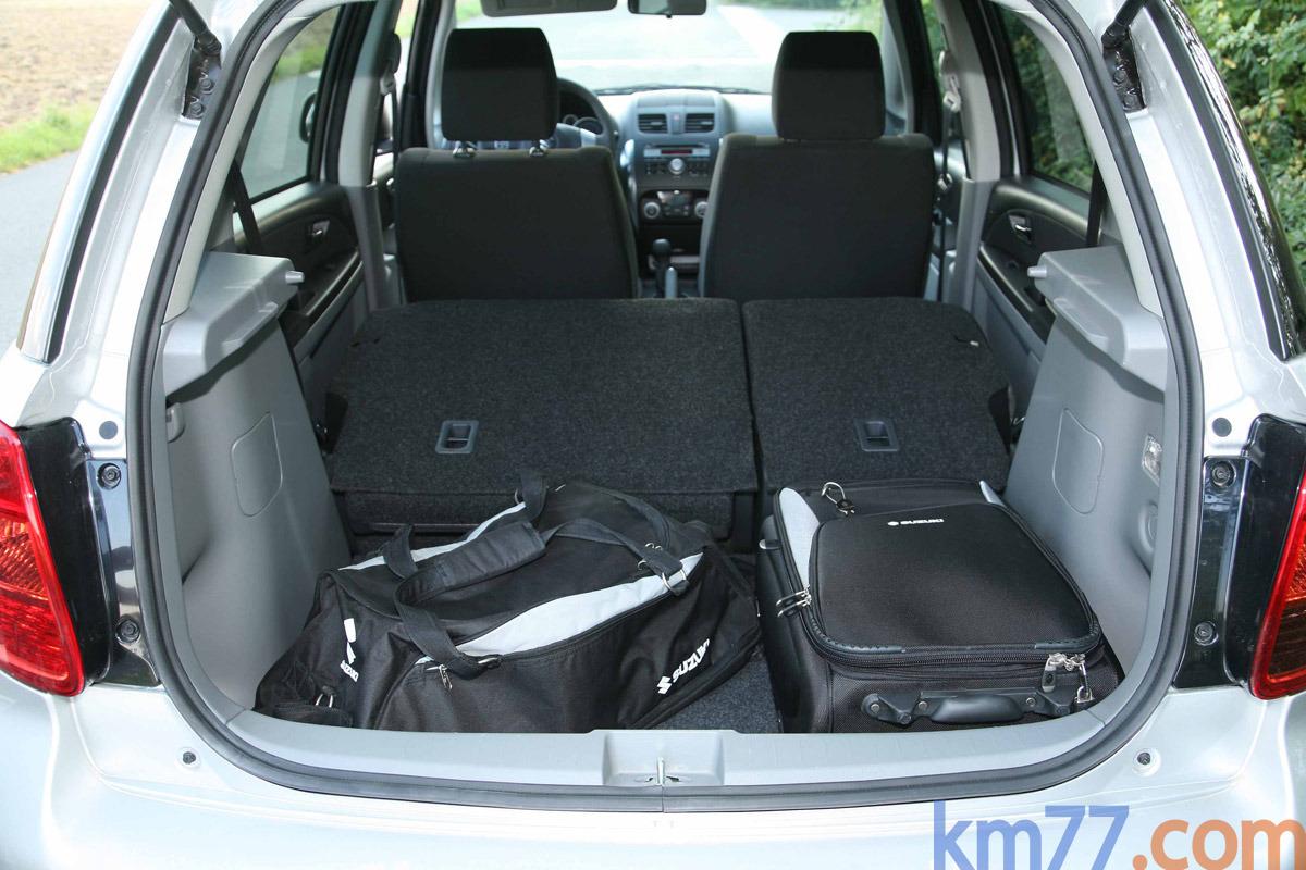 Фотографии автомобиля Suzuki SX…