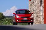 Suzuki Swift 1.3 D 75 CV GL+ Turismo Rojo Bright Exterior Frontal 3 puertas