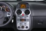 Opel Corsa 1.3 ecoFLEX 95 CV Start & Stop C´mon Turismo Interior Consola Central 5 puertas