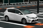Toyota Verso Gama Verso Gama Verso Monovolumen Pearl White Exterior Lateral-Posterior 5 puertas