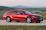Mercedes-Benz Clase CLS CLS Shooting Brake 500 4MATIC BlueEFFICIENCY CLS Shooting Break Turismo familiar Rojo Tulita Metalizado Exterior Lateral-Frontal 5 puertas
