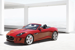 Jaguar F-Type S V8 5.0 495 CV S V8 Descapotable Salsa Red Exterior Frontal-Lateral 2 puertas