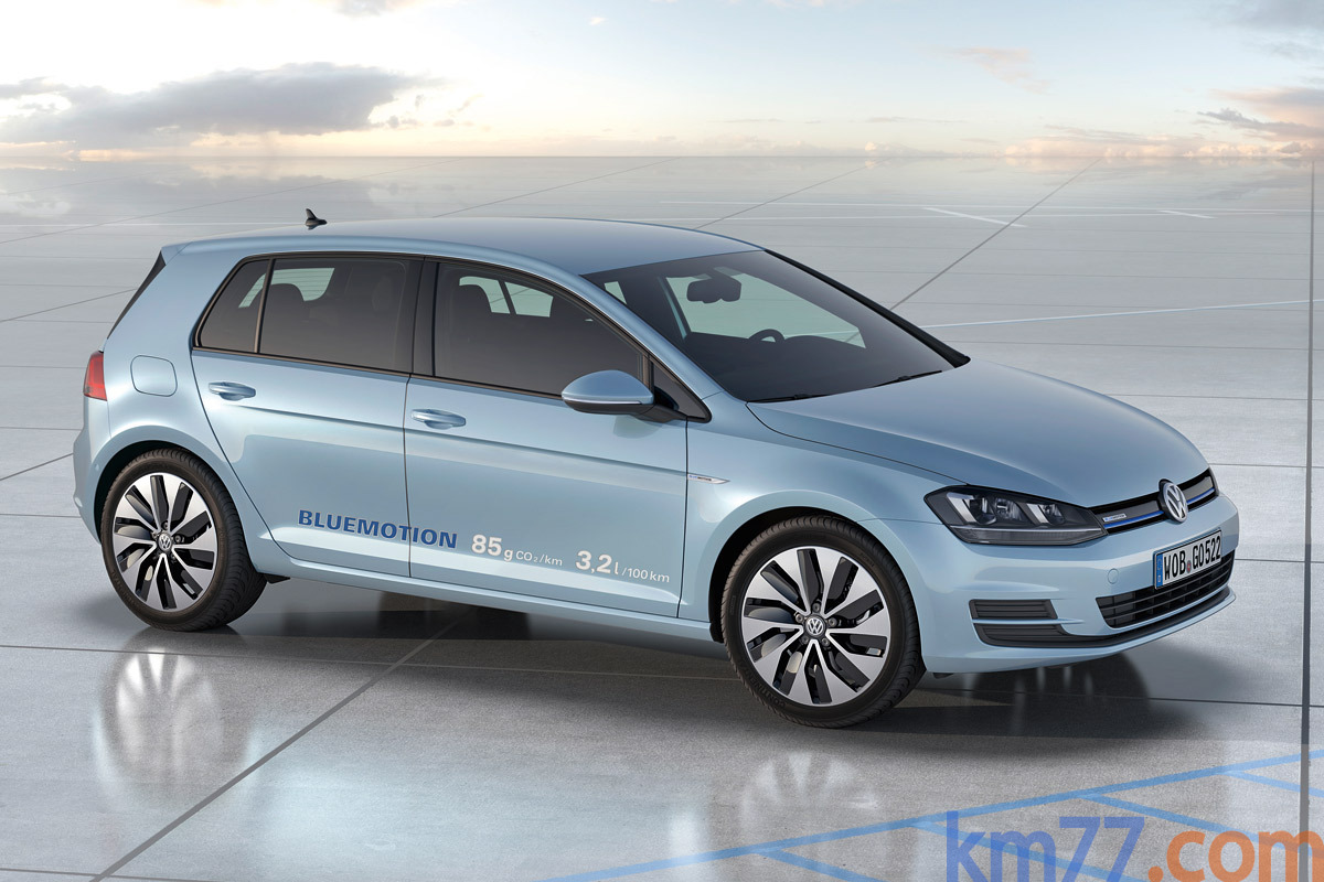 Volkswagen Golf BlueMotion prototipo Turismo Exterior Frontal-Lateral 5 puertas