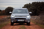 Mitsubishi Outlander 220 DI-D 150 CV 4WD Motion Todo terreno Gris Titanium Exterior Frontal 5 puertas