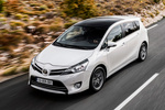 Toyota Verso Gama Verso Gama Verso Monovolumen Pearl White Exterior Frontal-Lateral-Cenital 5 puertas