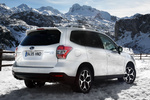 Subaru Forester 2.0 XT 240 CV Executive Plus Todo terreno Satin White Pearl Exterior Posterior-Lateral 5 puertas