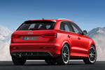 Audi Q3 RS RS Todo terreno Rojo Misano Efecto Perla Exterior Posterior-Lateral 5 puertas