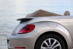 Volkswagen Beetle Gama Beetle Design Descapotable Plata Roca Lunar metalizado Exterior Llanta 2 puertas