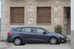 KIA cee&#039;d 1.6 CRDi VGT 110 CV Concept Turismo familiar Dark gun metal Exterior Lateral 5 puertas