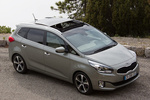 KIA Carens 1.7 CRDi 136 CV Gama Carens Monovolumen Brilliantsilber Metallic Exterior Cenital 5 puertas