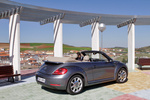 Volkswagen Beetle 2.0 TDI 140 CV 70s Edition Descapotable Exterior Posterior-Lateral 2 puertas