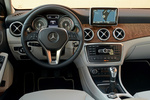 Mercedes-Benz Clase GLA GLA 200 CDI Gama GLA Todo terreno Interior Salpicadero 5 puertas