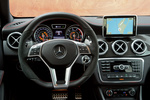 Mercedes-Benz Clase GLA GLA 45 AMG GLA 45 AMG Todo terreno Interior Volante 5 puertas