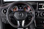 Mercedes-Benz Clase GLA GLA 220 CDI 4MATIC 7G-DCT Gama GLA Todo terreno Interior Volante 5 puertas