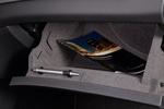 Mercedes-Benz Clase GLA GLA 220 CDI 4MATIC 7G-DCT Gama GLA Todo terreno Interior Guantera y receptáculo 5 puertas