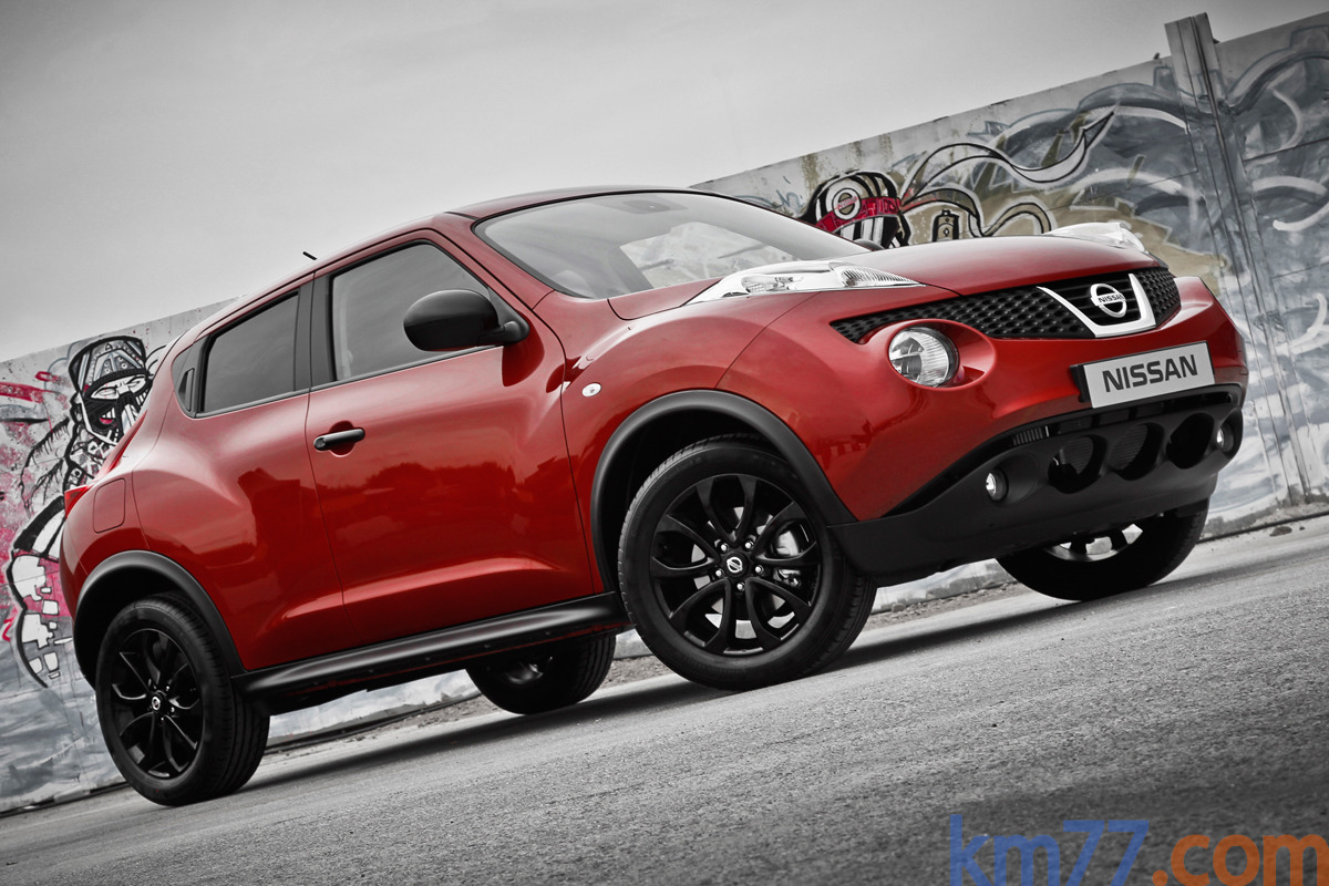 nissan juke 2011 impresiones del interior. Black Bedroom Furniture Sets. Home Design Ideas