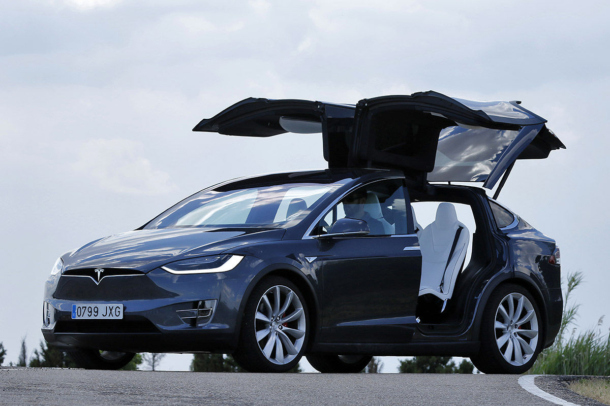 Tesla Model X (2016) | Información general - km77.com