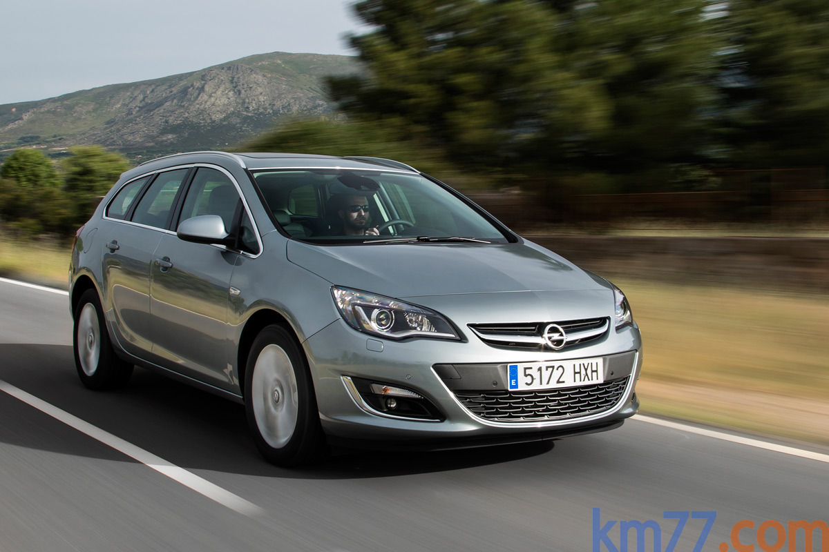 Fotos exteriores sports tourer opel astra 5 puertas 2012 - Opel astra 5 puertas ...