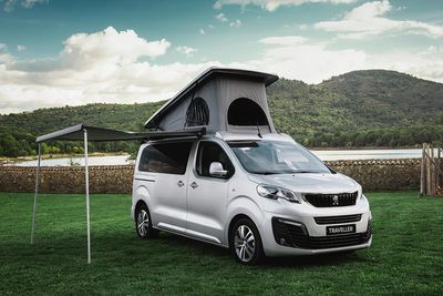 Peugeot Traveller (2016) - Foto