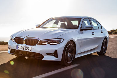 BMW 330e Berlina (2019) - Foto
