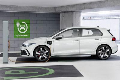 Volkswagen Golf GTE (2020) - Foto