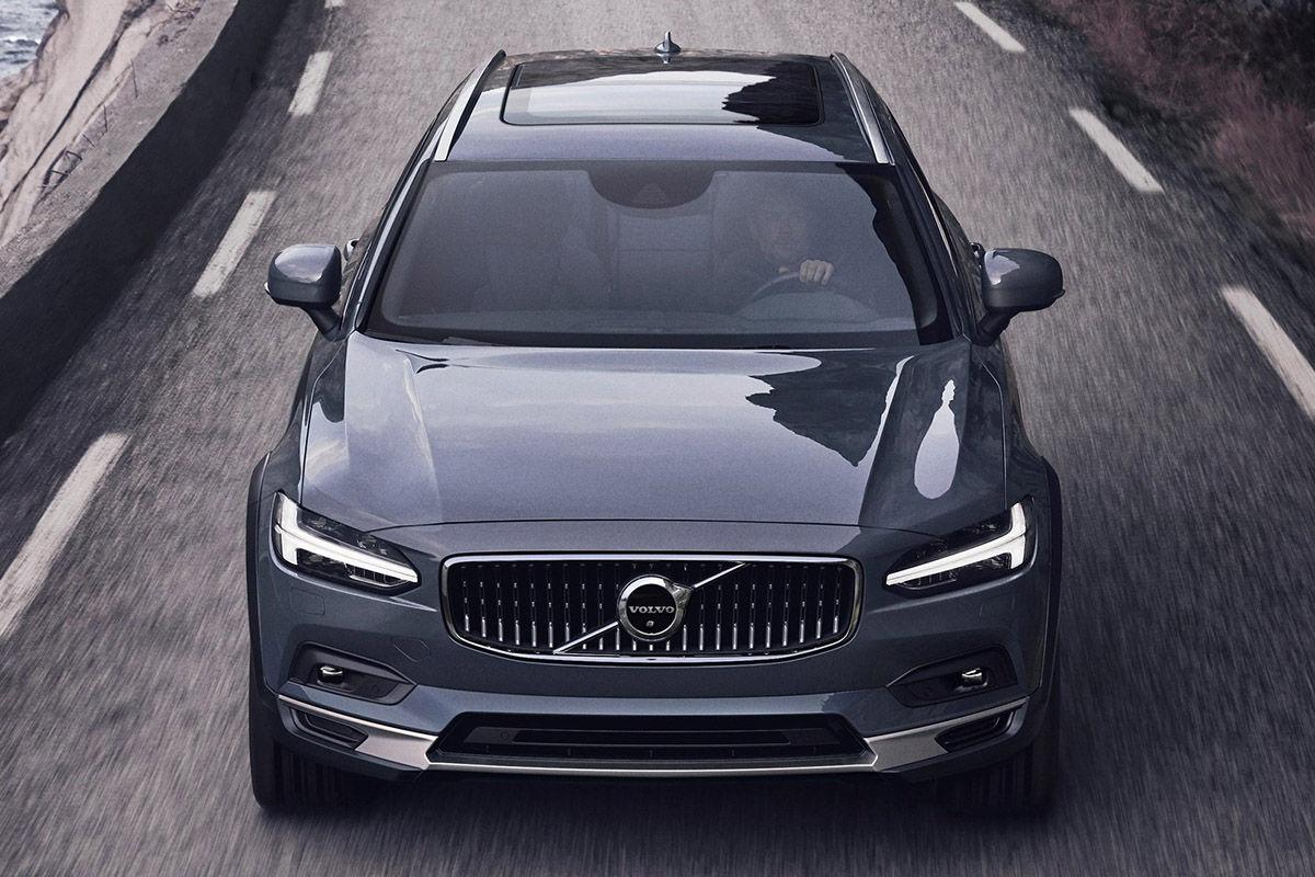 2020 Volvo V90 First Drive