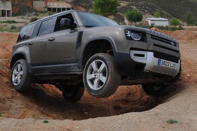 Land Rover Defender P400 MHEV | Prueba - Foto